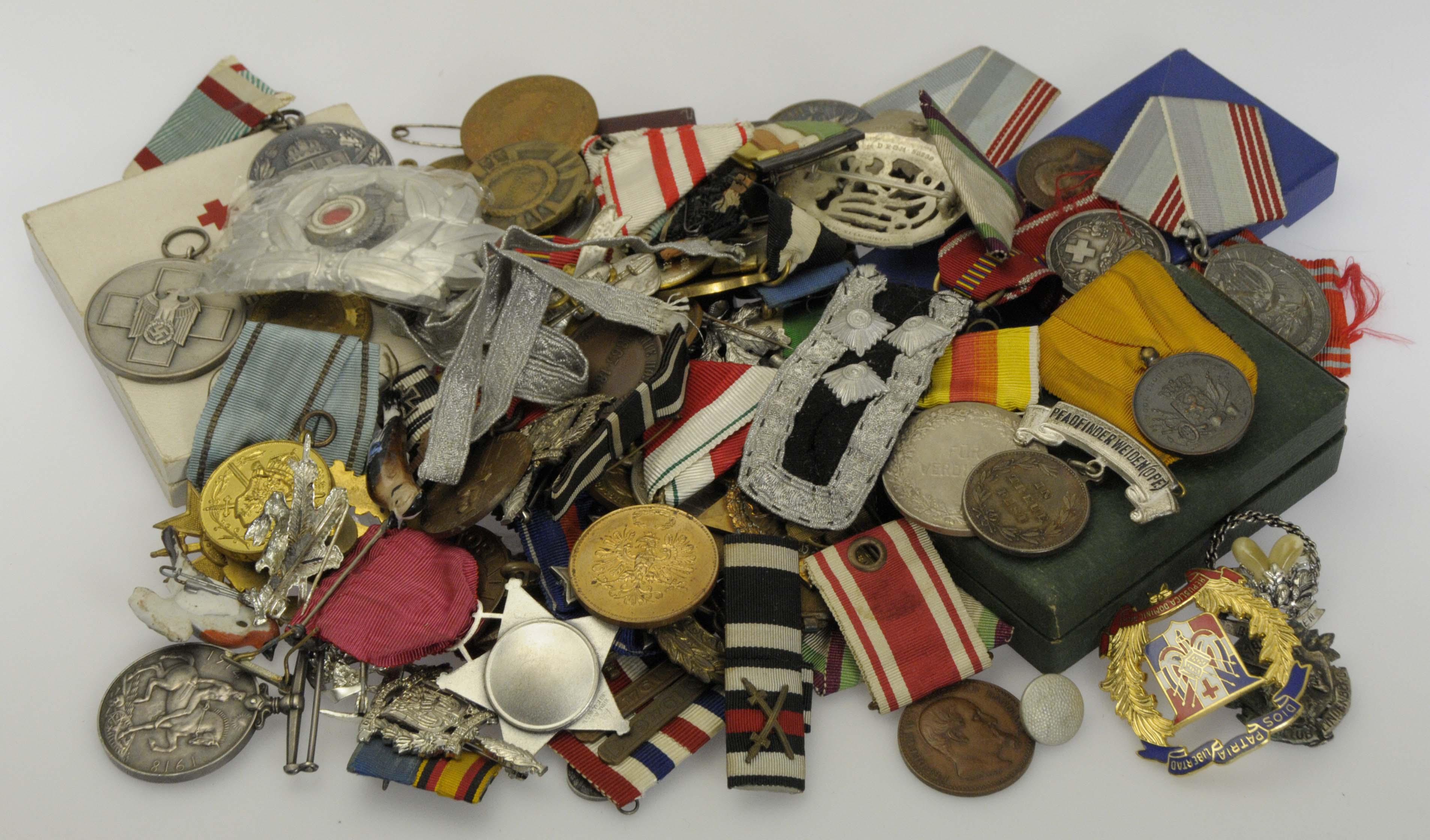 Lot 9588 - sammlungen orden und abzeichen -  Auktionshaus Ulrich Felzmann GmbH & Co. KG Coins single lots